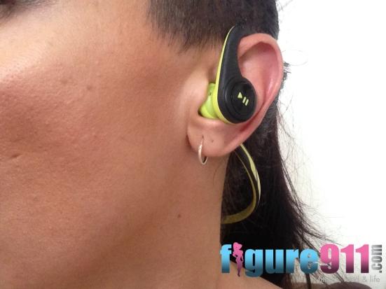 backbeat fit ear