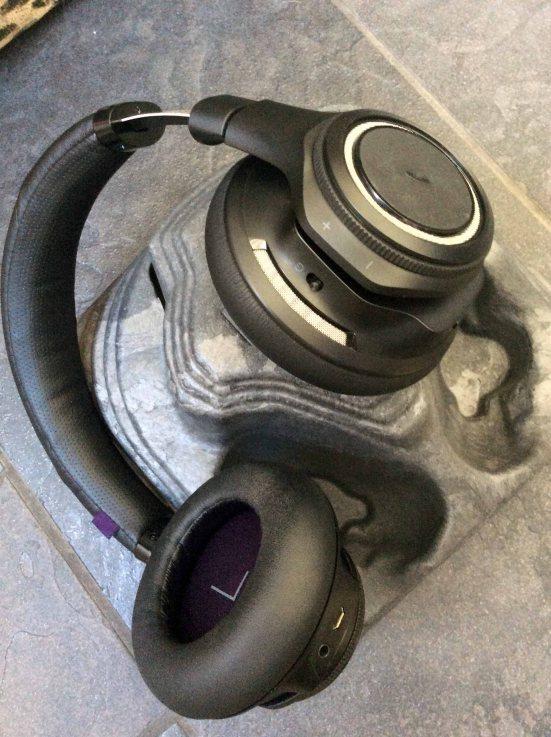 Plantronics right ear